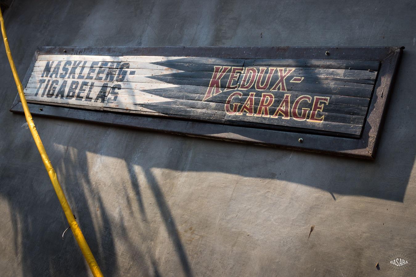 Kedux Garage – Naskleeng 13 – Bali